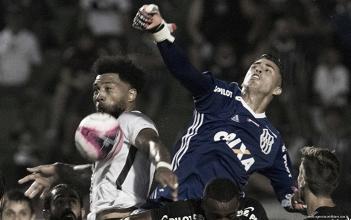 Pontaria desafinada e falhas de criação: notas do Corinthians na estreia em 2018