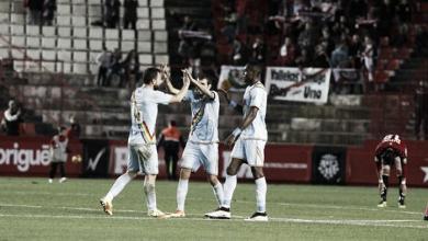 Javi Guerra rescata tres puntos en los minutos finales