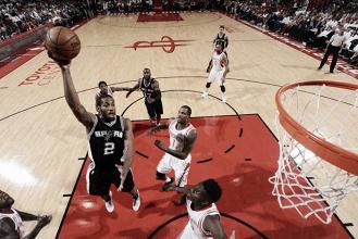 Na primeira partida sem Tony Parker, Spurs vencem Rockets e viram placar na série