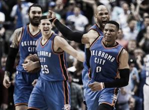 Com virada no último período, Westbrook faz cesta da vitória e Thunder vence Mavericks