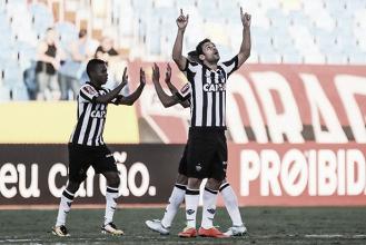 Autores dos gols da vitória, Fred e Elias destacam superação do Atlético-MG em Goiânia