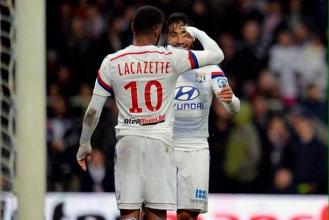 OL 2 - 1 REIMS: ça passe pour Lyon