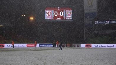FC Metz - OGC Nice : Sous la neige, le carton rouge se voit mieux