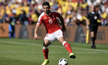 Dzemaili (31), autore del gol vittoria