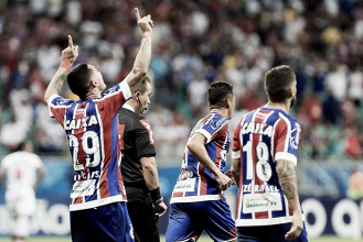 Em busca de reação e com bom aproveitamento em casa, Bahia recebe embalado Flamengo