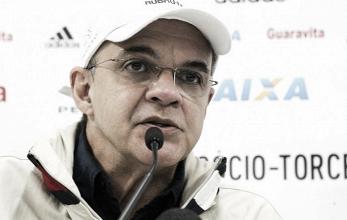 "Bandeira de Mello pede compreensão por má fase do Flamengo: ""Precisamos de apoio"""