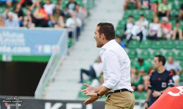 """Rubén Baraja: """"Ha sido un poco cruel por la forma, pero el Oviedo merecía el empate"""""""