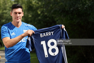 Gareth Barry departs Everton to sign one-year deal with West Bromwich Albion