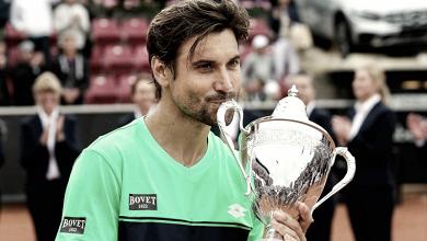 Depois de quase 2 anos, Ferrer supera Dolgopolov e levanta troféu na Suécia