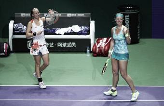 WTA Finals: Kiki Bertens and Johanna Larsson causes huge upset against Barty and Dellacqua