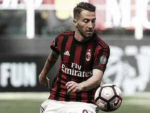 Meia Bertolacci retorna ao Genoa após passagem apagada no Milan