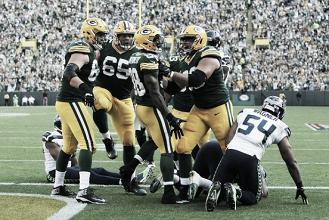 Defesas dominam primeiro tempo, mas Packers vencem Seahawks em estreia na temporada da NFL