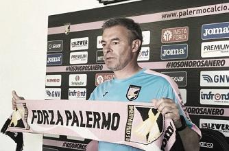 """Palermo, Bortoluzzi: """"Ripartiamo da gara con la Fiorentina, potrei cambiare modulo"""""""