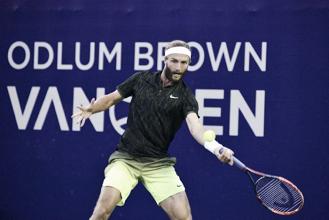 Broady da la campanada en San Petesburgo y ya está en cuartos de final