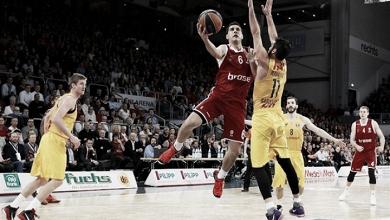 El Brose Baskets mete en un gran lío al FC Barcelona Lassa