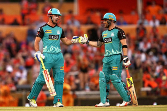 Chris Lynn smashes unbeaten 98 as Brisbane Heat reach Big Bash summit with nine-wicket trouncing of Perth Scorchers