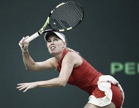 WTA, Miami Open - Wozniacki vince un set solo, Muguruza si ritira