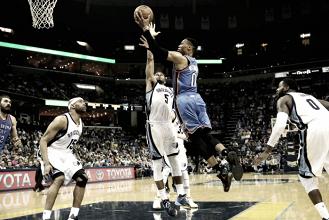 Westbrook não quebra recorde, mas conduz vitória do Thunder sobre o Grizzlies