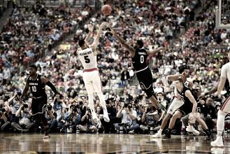 Gonzaga vence South Carolina e avança para decisão do basquete universitário pela primeira vez