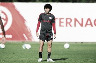 Camilo tem lesão confirmada e desfalca Internacional por três semanas