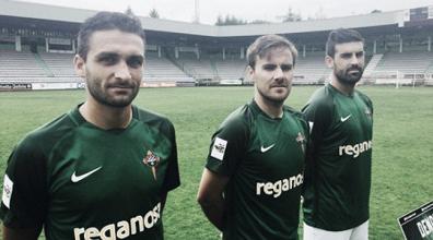 El Racing de Ferrol prosigue su pretemporada y presenta sus camisetas