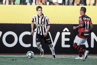 Após três meses, volante Gustavo Blanco volta a ser relacionado pelo Atlético-MG