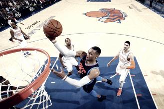 NBA - Houston fa tredici di fila contro i Bucks, New York festeggia battendo i Thunder di Anthony