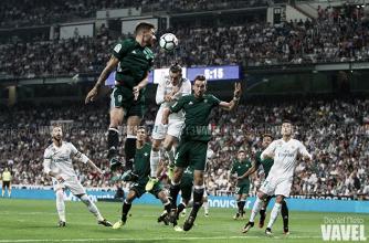 El Real Madrid pierde en casa, asaltado por un enérgico Betis