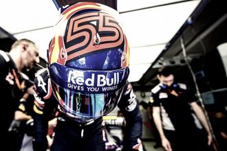 """Carlos Sainz dice que """"no tiene ninguna intención"""" de romper el contrato con Red Bull"""