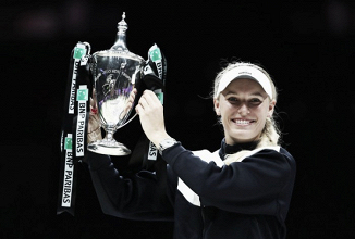 WTA Finals: Caroline Wozniacki shocks Venus Williams for the title