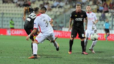 Il gol di Falco nel match terminato 1-1 tra Carpi e Benevento in stagione - Foto LaPresse