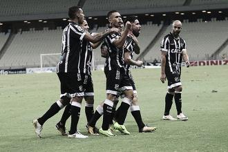Ceará vence confronto direto contra Paraná e chega a quinta partida seguida sem sofrer gols