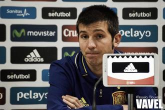 """Albert Celades: """"Cada vez que nos ponemos esta camiseta queremos ganar y hacerlo bien"""""""