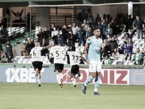 Coritiba chega ao quarto jogo sem perder, bate Paysandu e assume vice-liderança da Série B
