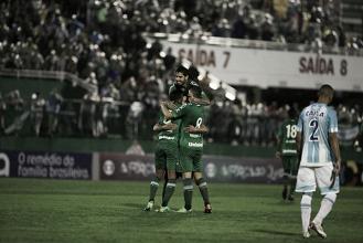 Chapecoense vence Avaí e assume ponta do Brasileiro seis meses após tragédia na Colômbia