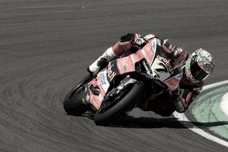 Un domingo complicado para el Aruba.it Racing