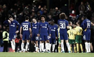 Chelsea tem dois expulsos na prorrogação, mas vence bravo Norwich nos pênaltis