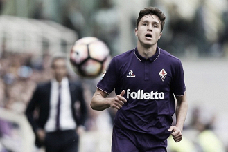 """Em meio a saídas de destaques da equipe, Fiorentina blinda Chiesa: """"Não está à venda"""""""