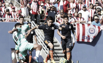 Cae Chivas en su debut de pretemporada ante Santos