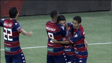 Fortaleza mostra forças ao bater Flamengo em casa e sai à frente para jogo da volta