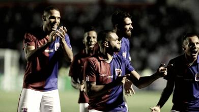 Paraná vence Coritiba com autoridade e mantém boa fase no Campeonato Paranaense