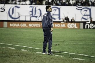 """Claudinei elogia atuação do Avaí após empate diante do líder: """"Nossa postura foi eficiente"""""""