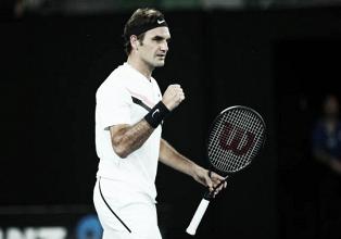 Australian Open: Roger Federer sees off Jan-Lennard Struff
