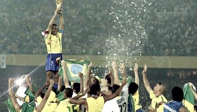 Há 15 anos, Brasil venceu Alemanha com dois gols de Ronaldo e conquistou penta