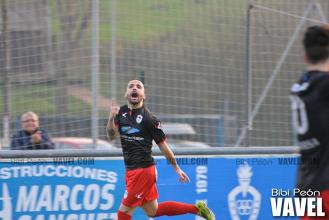 Fotos e imágenes del C.D. Covadonga 0-1 U.P. Langreo, jornada 28 del grupo segundo de Tercera División
