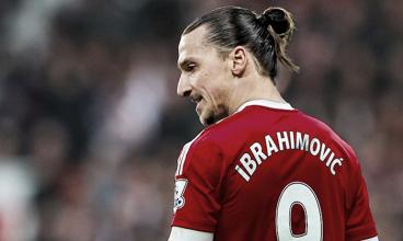 Zlatan Ibrahimovic con la maglia del Manchester United.   panorama.it