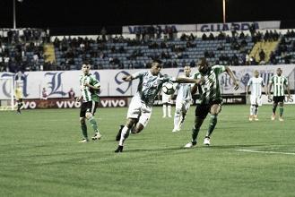 Iguais em pontuação, Coritiba e Avaí fazem duelo essencial na luta contra Z-4
