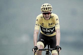 Tour de France, la squadra salva Froome