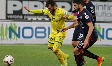 Serie A- Cagliari cinico e corsaro al Bentegodi, pesante tris al Chievo (0-3)