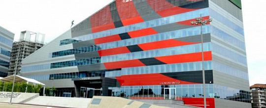 Milan - Assemblea dei soci: bilancio e passivo di 75 milioni